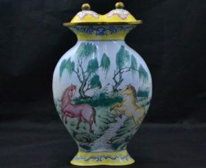 horse-urn
